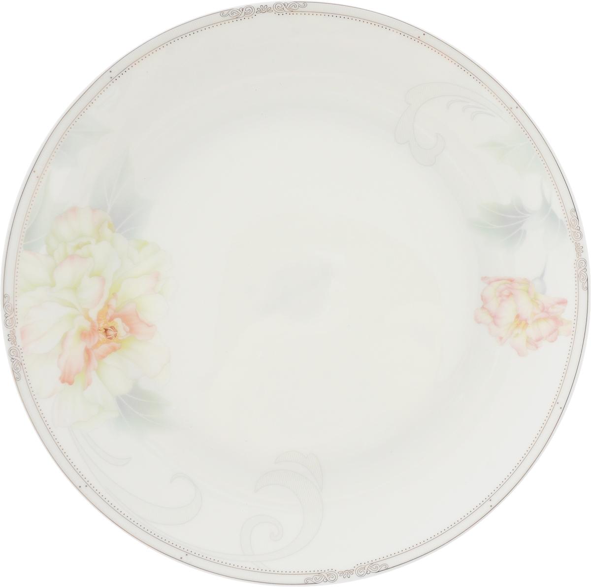 Тарелка плоская Royal Aurel Акварель, диаметр 20 смDMB180-1Фарфор Royal Aurel отличается исключительной белизной, что объясняется уникальными компонентами и традиционной технологией, по которой он был изготовлен. Белая глина из провинции Фуцзянь и традиционные рецепты китайских мастеров создают неповторимую композицию. Материал: костяной фарфор.