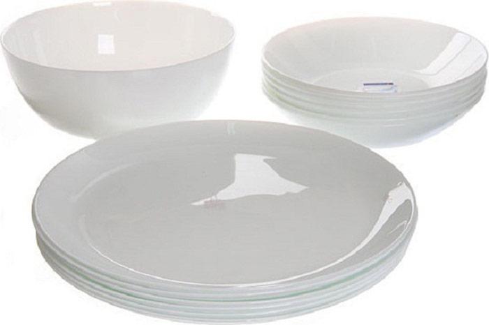 Сервиз обеденный Luminarc Diwali, 19 предметовК7380Cостав набора:- тарелка обеденная 25 см – 6 шт- тарелка глубокая 20 см – 6 шт- тарелка десертная 19 см – 6 шт- салатник большой 21 см – 1 штМатериал: ударопрочное стекло