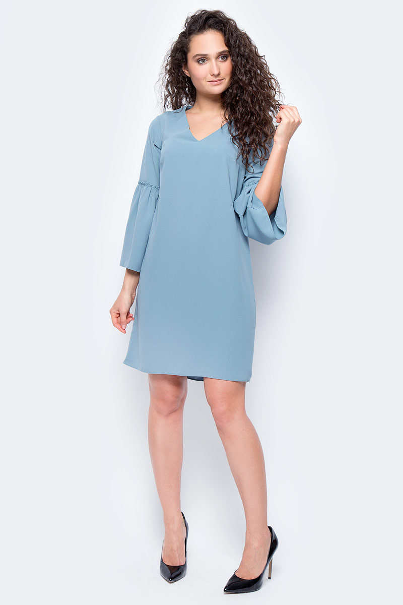 Платье женское adL, цвет: голубой. 12432072000_022. Размер L (46/48)12432072000_022Стильное платье свободного покроя выполнено из полиэстера. Модель с рукавами 3/4 и V-образным вырезом горловины отлично дополнит ваш гардероб.