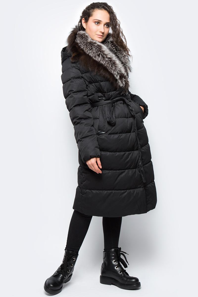 Куртка женская Clasna, цвет: черный. CW17D-510CP. Размер XXL (50)CW17D-510CP(701)Зимний женский пуховик от Clasna выполнен из высококачественного непромокаемого полиэстера с наполнителем из био-пуха. Модель с длинными рукавами, воротником из натурального меха чернобурки и капюшоном застегивается на молнию и имеет ветрозащитный клапан на кнопках, на талии дополнена эластичным поясом. По бокам пуховик дополнен карманами. Имеет внутренний накладной кармашек.