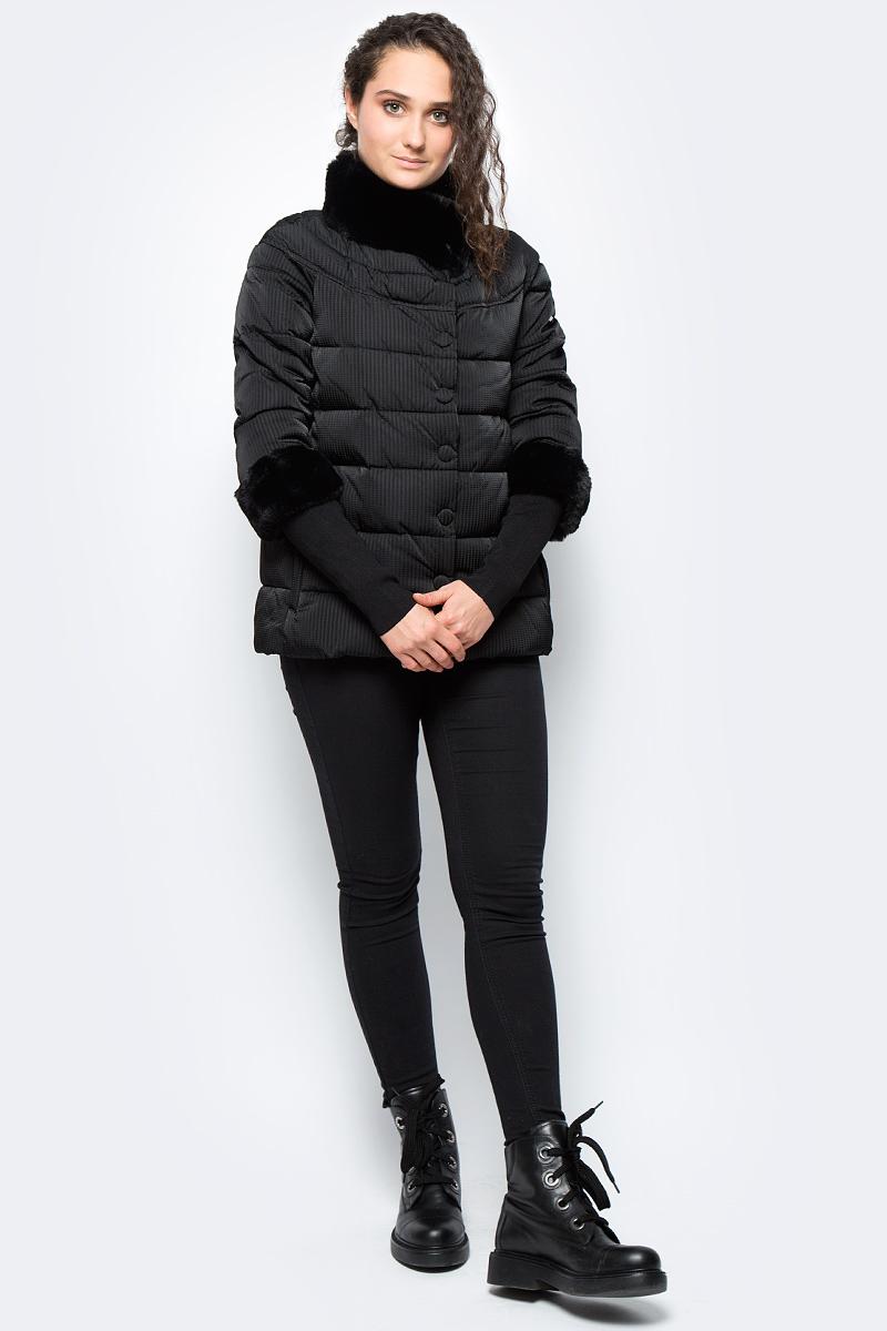 Куртка женская adL, цвет: черный. 15232182001_001. Размер S (42/44)15232182001_001Утепленная куртка adL выполнена из 100% полиэстера на утеплителе из синтепона. Модель с рукавами 7/8 и воротником-стойкой застегивается на кнопки. Рукава оснащены внутренними эластичными манжетами. Спереди куртка дополнена двумя прорезными карманами на застежках-молниях.