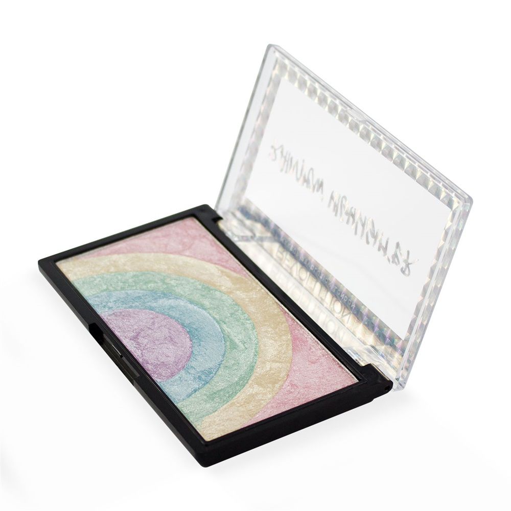 Makeup Revolution Хайлайтер Rainbow Highlighter305443Cамый волшебный хайлайтер! Новинка Rainbow Highlighter объединила в себе 5 нежнейших пастельных оттенков, которые на коже раскрываются неземным магическим сиянием. Смешивайте их между собой для получения универсального многогранного оттенка или наносите один за другим для достижения трендового «радужного» эффекта.