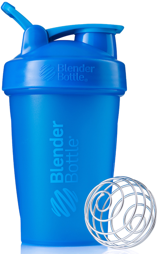 Шейкер спортивный BlenderBottle Classic Full Color, цвет: бирюзовый, 591 млBB-CL20-FCYAШейкер Classiсот компанииBlender Bottle- многофункциональный, удобный шейкер, который произвел революцию на рынке благодаря своим лидирующим качествам, а именно: 100% герметичности, концептуальному дизайну, максимальной смешиваемости ингредиентов и запатентованным опциям BlenderBall и StayOpen. Шарик-венчик BlenderBall- венчик из 316-хирургической нержавеющей стали, который не подвержен коррозии, легко моется и обеспечивает максимальную смешиваемость любых ингредиентов. ТехнологияStayOpen- инновационная функция шейкера, которая не позволяет крышке закрываться во время питья, что зачастую приносит неудобство и дискомфорт. Качественные материалы не содержат бисфенол (BPA, BPS и другие) и фталаты, благодаря чему шейкер абсолютно безопасен для здоровья. Шейкер герметично закрывается и не допускает протекания при переноске в сумке.Шейкер BlenderBottle Classic идеально подходит как для приготовления любых спортивных и фитнес коктейлей (протеинов, гейнеров, изотоников), так и разнообразных блюд дома.Особенности: - 100% герметичная конструкция - С круглым BlenderBall венчиком внутри - Маркирован тиснением на пластике в миллилитрах и унциях - Широкое горло позволяет легко добавлять ингредиенты - Крышка с резьбой - попадание в резьбу с первого раза - Система StayOpen flip cap - крышка не бьет по носу! - GripperBars - специальные ребра на бутылке, не выскальзывает из рук - Удобный широкий носик - приятно пить. - Можно мыть в посудомоечной машине - Подходит для большинства автомобильных подстаканников - Не содержит бисфенол и фталаты - лучший пластик, как у дорогих детских бутылочек - Защищен патентами США.Простой. Мощный. Самый продаваемый шейкер в мире.Как повысить эффективность тренировок с помощью спортивного питания? Статья OZON Гид
