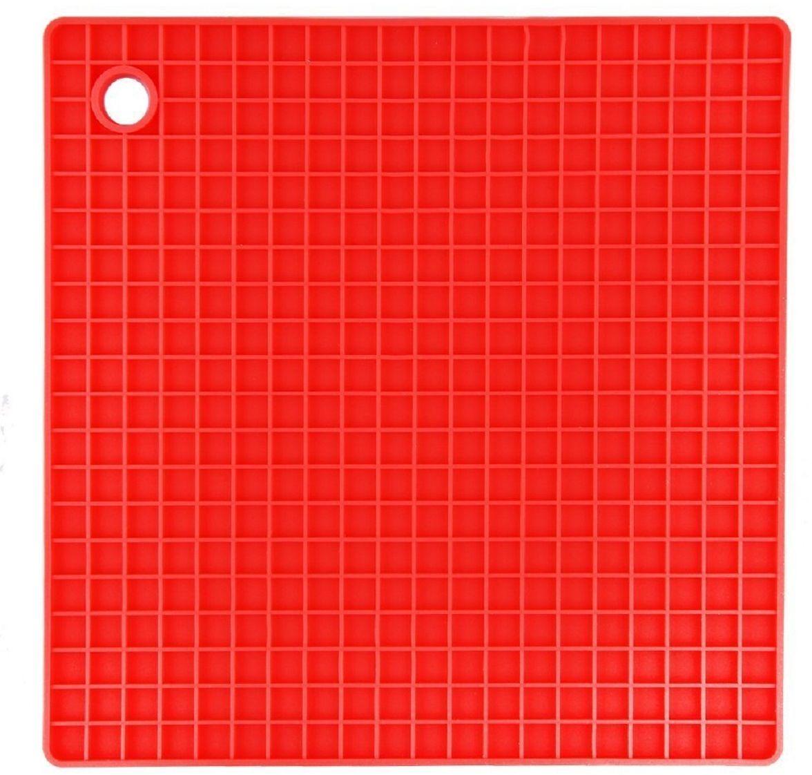 Подставка под горячее FidgetGo Квадрат, цвет: красный, 18,5 х 18,5 см2212345678131Подставка под горячее FidgetGo Квадрат защитит поверхность стола от попадания влаги и высоких температур. Любая хозяйка знает, что кухня- это не просто место для приготовления пищи, но и место, где собирается вся семья. именно поэтому аксессуары, которыми вы наполняетекухню, должны быть не только полезными, но и красивыми, чтобы создать уютную атмосферу.Кроме этого вы можете использовать ее какприхватку, а также с помощью нее открывать крышки на банках.Подставка выдерживает до 230°С, сделана из безопасного пищевогосиликона. Ее можно мыть в посудомоечной машине или использовать в микроволновке.