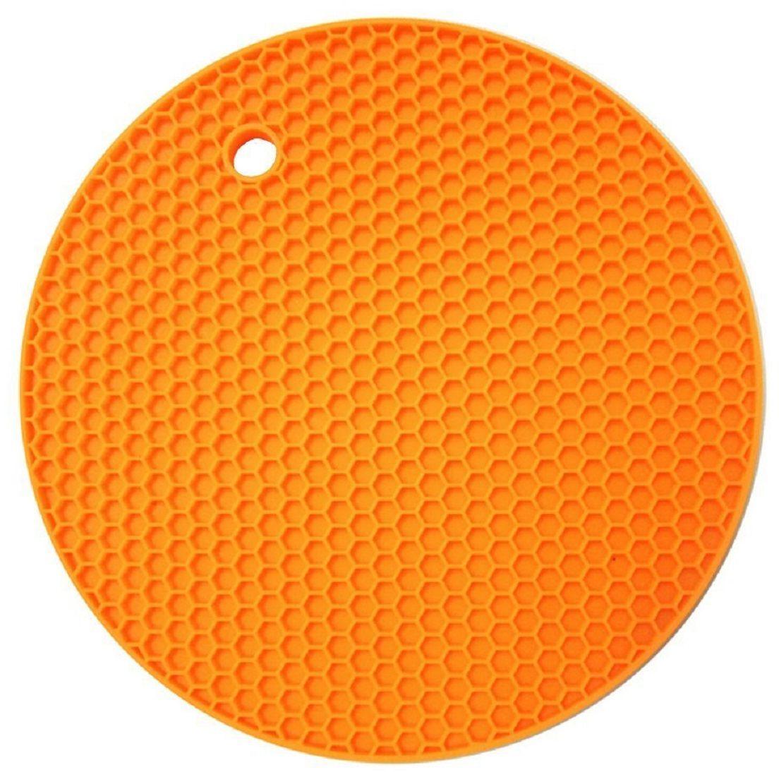 Подставка под горячее FidgetGo Круг, цвет: оранжевый2212345678169На современной кухне силиконовые изделия занимают все больше места. Так как этот материал удобен в обращении, он легкий, к нему не пристает жир и масло, моется легко в теплой воде!Силиконовая подставка под горячее FidgetGo Круг - это практичная и удобная вещь, на нее можно поставить горячую сковороду, кастрюли, противень и многое другое. Подставка не скользит по поверхности, даже если покрытие стола глянцевое! Подставка выдерживает до 230°С, сделана из безопасного пищевого силикона. Ее можно мыть в посудомоечной машине или использовать в микроволновке.