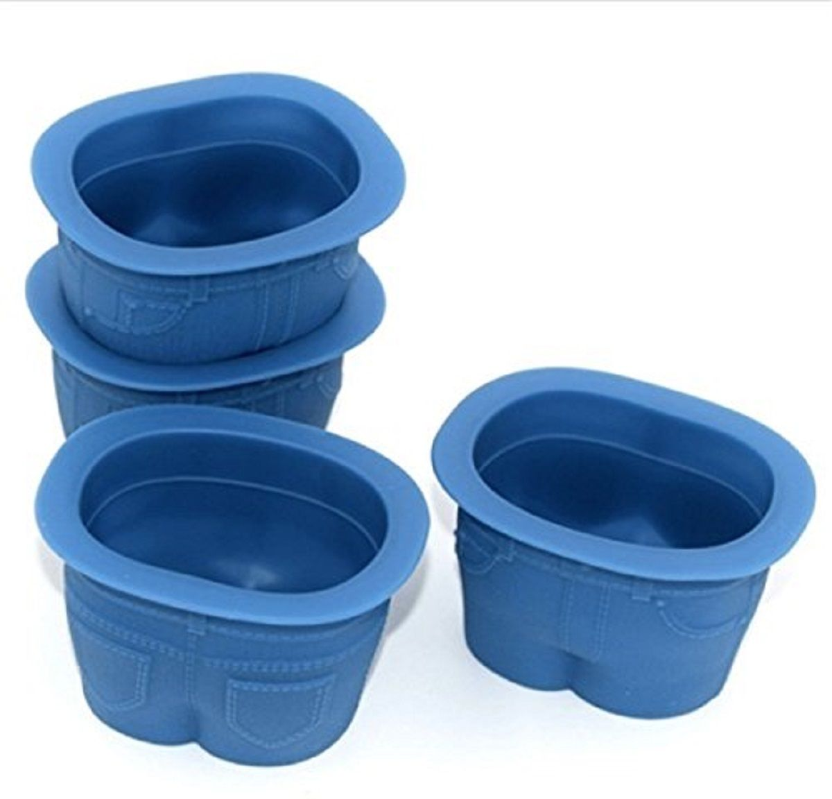 Набор форм для кексов FidgetGo Джинсы, цвет: голубой, 4 шт2212345678940В чем вы обычно выпекаете кексы? Неужели, в кексницах? Прошлый век! Сегодня вкусные и красивые кексы пекут в джинсах. Не пугайтесь, не нужно подвергать ваши любимые джинсы резке и шитью. Достаточно приобрести силиконовые формочки FidgetGo. Эти эксклюзивные формочки для выпечки сделаны в виде небольших джинсовых штанишек. Формочки выполнены из высококачественного эластичного термоустойчивого силикона, выдерживающего температуру от -40°С до +230°С.