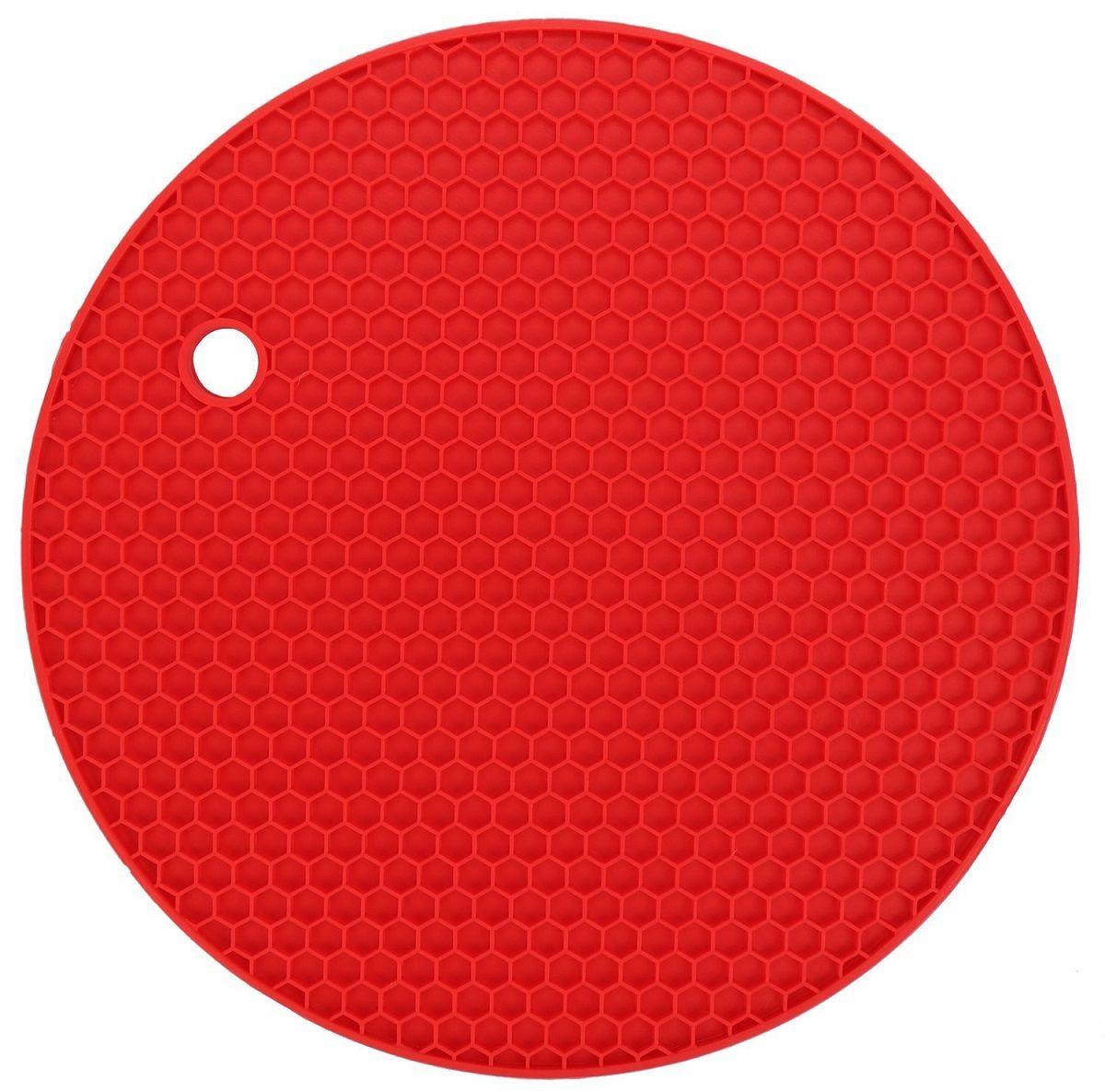 Подставка под горячее FidgetGo Круг, цвет: красный2212345678943На современной кухне силиконовые изделия занимают все больше места. Так как этот материал удобен в обращении, он легкий, к нему не пристает жир и масло, моется легко в теплой воде! Силиконовая подставка под горячее FidgetGo Круг - это практичная и удобная вещь, на нее можно поставить горячую сковороду, кастрюли, противень и многое другое. Подставка не скользит по поверхности, даже если покрытие стола глянцевое!Подставка выдерживает до 230°С, сделана из безопасного пищевого силикона. Ее можно мыть в посудомоечной машине или использовать в микроволновке.