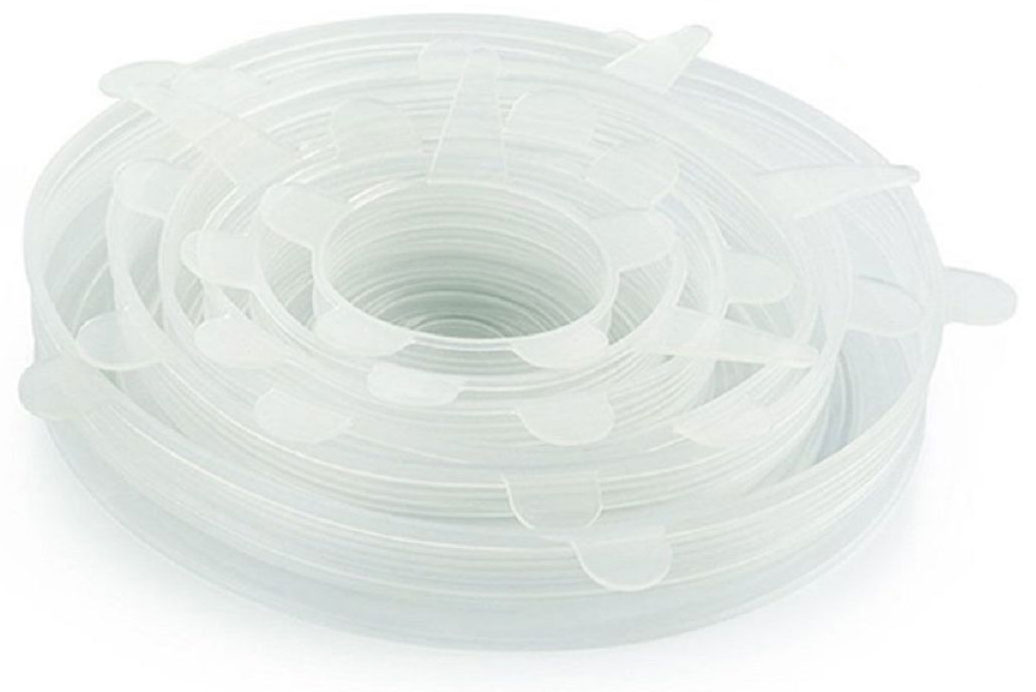 Набор крышек для банок FidgetGo, силиконовые, цвет: прозрачный, 6 шт2212345678972Пищевая силиконовая крышка для хранения изготовлена из высококачественного силикона. Забудьте пищевую пленку, пакеты или долгий поиск подходящей крышки, используйте силиконовые крышки, чтобы закрыть почти любую емкость: банки, чашки, миски, тарелки. Вы также можете использовать их для овощей или фруктов, чтобы сохранить срез от засыхания.Толстый пищевой силиконовый сплав прослужит долго и не будет рваться или деформироваться; может использоваться снова и снова.Эти силиконовые крышки могут растягиваться почти на 30% от их первоначального размера, чтобы соответствовать любой форме емкости. Крышки в основном круглые, но также могут растягиваться, чтобы соответствовать другим формам (например, прямоугольник, квадрат, овал) и держать продукты свежими как можно дольше и, конечно же, благодаря им жидкости не будут проливаться.Силикон может выдерживать от 40°С до +230°С. Крышки могут быть использованы в микроволновой печи, духовке, посудомоечной машине и морозильной камере.