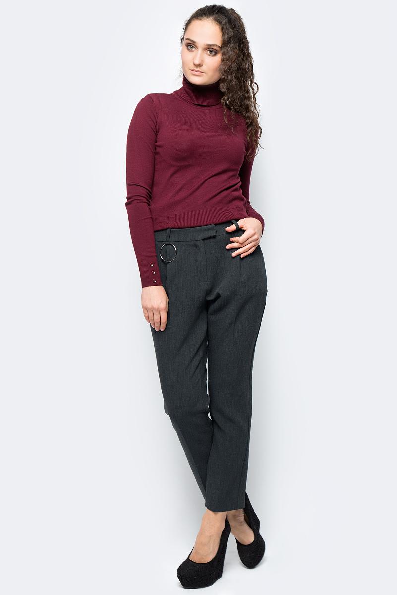 Брюки женские adL, цвет: темно-серый. 15333130000_014. Размер S (42/44)15333130000_014Стильные женские брюки adL - это изделие высочайшего качества, которое превосходно сидит и подчеркнет все достоинства вашей фигуры. Брюки стандартной посадки выполнены из полиэстера с добавлением вискозы и эластана, что обеспечивает комфорт и удобство при носке. Брюки застегиваются на крючок в поясе и ширинку на застежке-молнии. На талии предусмотрены шлевки для ремня. Эти модные и в то же время комфортные брюки послужат отличным дополнением к вашему гардеробу и помогут создать неповторимый современный образ.