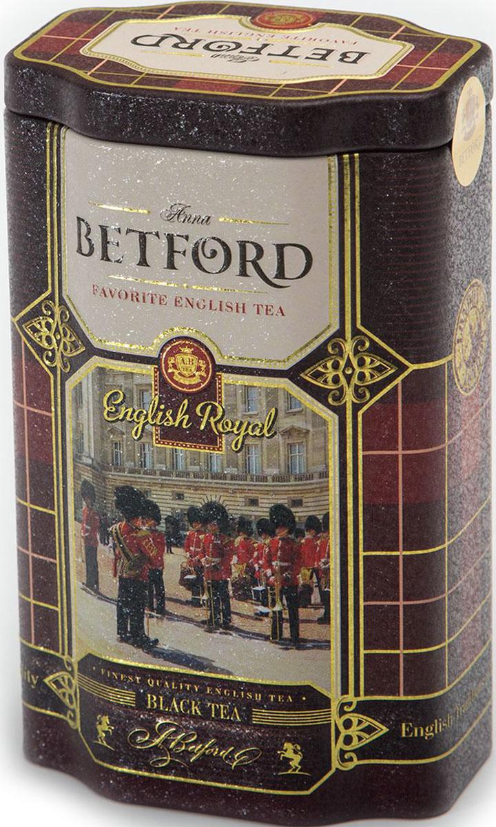 Betford English Royal чай черный ароматизированный, 80 г4792021032202Чай Betford English Royal (Английский королевский) в жестяной банке Страна происхождения сырья: Шри-ЛанкаС 19 века Английским Королевским называют чай высшего стандарта Flowery Orange Pekoe и только безупречного качества. Betford English Royal - это терпкий чай, украшенный цветочными и апельсиновыми нотами. Нежные почки чайного куста - типсы, придавая ему легкую сладость, слегка смягчают терпкость и вносят незабываемый нежный аромат в общий букет. Собранный на Шри Ланке из двух верхних листьев чайного куста он надежно упакован и, как в былые времена, бережно доставлен к вашему столу лучшими чайными шкиперами Английского Королевского флота. Свежий и цельный вкус чая Betford English Royal достоин украсить чаепитие любой коронованной особы.Состав: чай черный байховый цейлонский стандарт FBOPСорт: высший, стандарт FBOPПроизводитель : Шри ЛанкаСрок годности: 36 месяцев с даты изготовления.Фасовка: ж/б, 80 г.В коробке: 72 банкиВсё о чае: сорта, факты, советы по выбору и употреблению. Статья OZON Гид