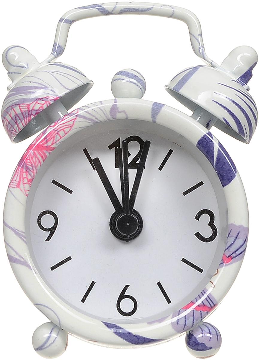 Часы-будильник Sima-land Листья840961_белый, сиреневыйКак же сложно иногда вставать вовремя! Всегда так хочется поспать еще хотя бы 5 минут и бывает, что мы просыпаем. Теперь этого не случится! Яркий, оригинальный будильник Sima-land Сердечки поможет вам всегда вставать в нужное время и успевать везде и всюду. Будильник украсит вашу комнату и приведет в восхищение друзей. Эта уменьшенная версия привычного будильника умещается на ладони и работает так же громко, как и привычные аналоги. Время показывает точно и будит в установленный час. На задней панели будильника расположены переключатель включения/выключения механизма, а также два колесика для настройки текущего времени и времени звонка будильника.Будильник работает от 1 батарейки типа LR44 (входит в комплект).