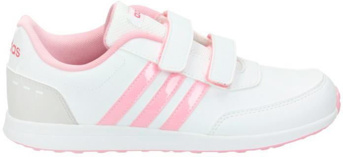 Кроссовки для девочки adidas VS Switch 2 CMF C, цвет: белый, розовый. BC0096. Размер 33,5BC0096Кроссовки от Adidas для юных спортсменов, выполнены в нежных цветах. Застежки— липучки для быстрого и удобного одевания и снимания. Контрасная надпись Adidas сзади и на язычке. Гибкая, прочная подошва.