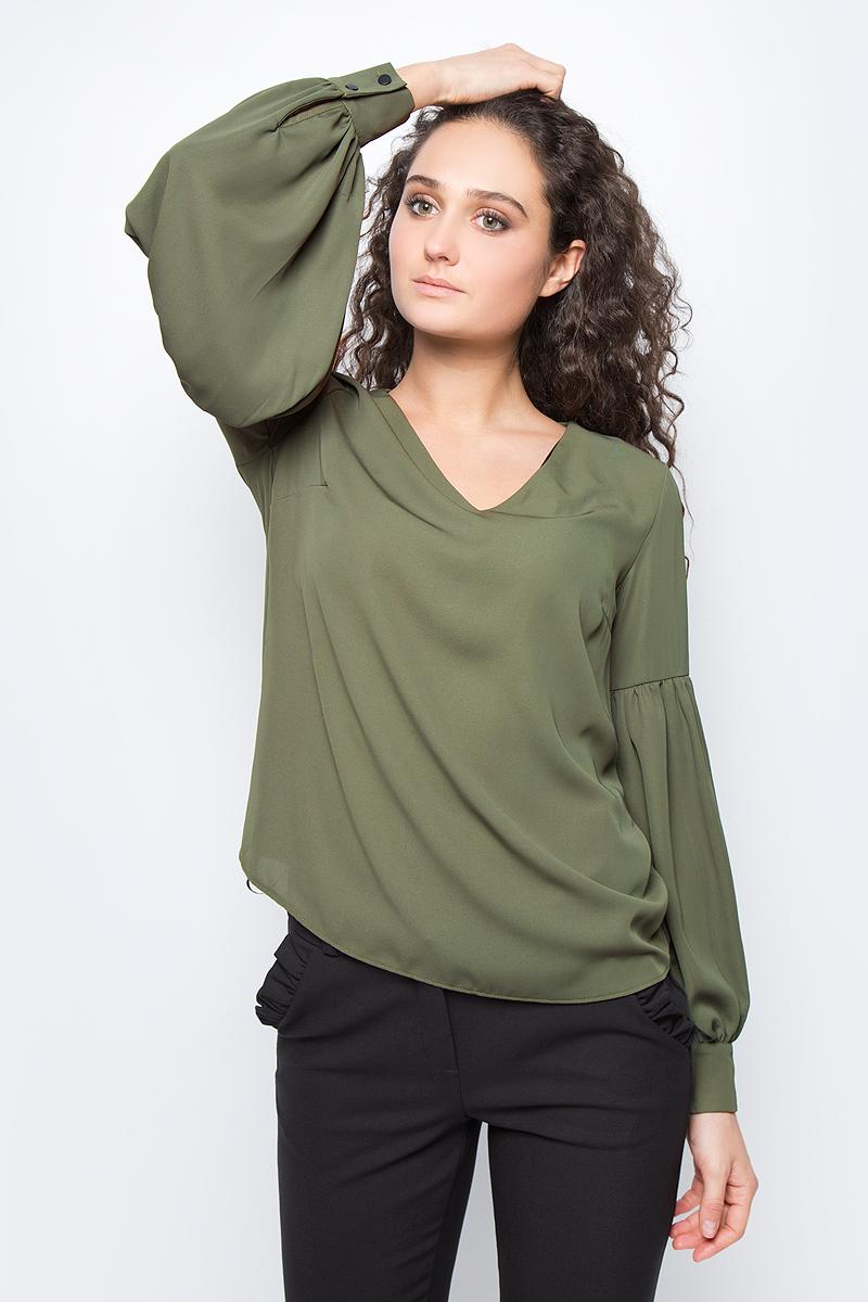 Блузка женская adL, цвет: зеленый. 11533109000_034. Размер M (44/46)11533109000_034Лаконичная блузка adL выполнена из полиэстера. Модель свободного кроя с длинными объемными рукавами и V-образным вырезом горловины. Манжеты рукавов застегиваются на пуговицы. В такой блузке вы будете выглядеть стильно и элегантно.