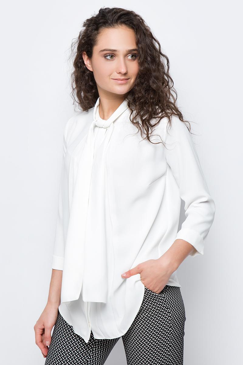 Блузка женская adL, цвет: молочный. 11533259000_019. Размер L (46/48)11533259000_019Стильная блузка adL выполнена из плотного полиэстера. Модель свободного кроя с рукавами длиной 3/4 и круглым вырезом горловины застегивается на пуговку. Горловина оформлена декоративными завязками, которые можно оформить в объемный бант или оставить распущенными, имитируя шарф. В такой блузке вы будете выглядеть эффектно и модно.