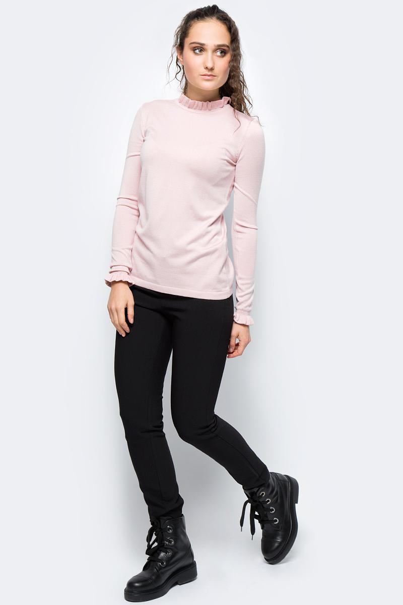 Джемпер женский adL, цвет: светло-розовый. 13932097001_026. Размер S (42/44)13932097001_026Стильный женский джемпер adL выполнен из эластичной вискозы. Модель с длинными рукавами и круглым вырезом горловины, оформленным оборкой, станет прекрасным вариантом на каждый день. Рукава также оформлены оборками.