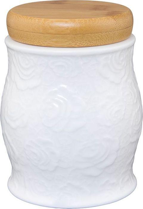 """Банка для сыпучих продуктов Elan Gallery """"Белые розы"""" станет прекрасным украшением вашей кухни.  Изделие изготовлено из высококачественного фарфора.  Банка прекрасно подойдет для хранения чая или кофе. Объем: 575 мл.  Банка имеет крышку."""