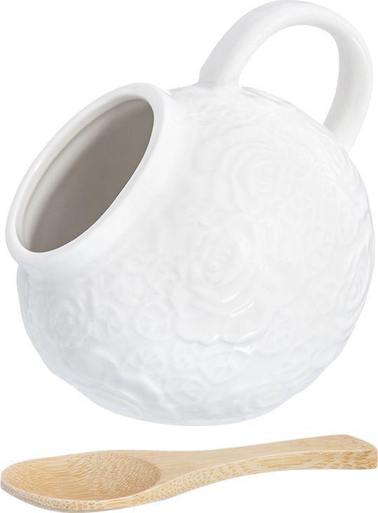 Банка для соли Elan Gallery Белые розы, с ложкой, 140 мл860053Оригинальная фарфоровая банка Elan Gallery Белые розы подойдет не только для соли, но и для сахара, специй, и даже меда. Благодаря наклонной форме и ручке очень удобна в использовании в повседневной жизни. Банка дополнена удобной деревянной ложкой.Размер: 10 х 10 х 10,5 см.Объем: 140 мл.