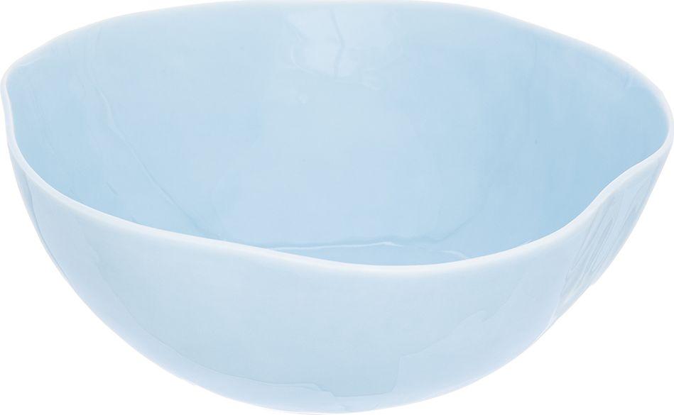 Салатник Elan Gallery Морозное небо, 2 л760044Великолепный салатник Elan Gallery, изготовленный из высококачественного фарфора, оригинально украсит ваш стол или кухню. Прекрасно подойдет для подачи различных блюд: закусок и салатов. Также может использоваться в качестве фруктовницы и конфетницы.Такой салатник украсит ваш праздничный или обеденный стол, а оригинальное исполнение понравится любой хозяйке.Не рекомендуется применять абразивные моющие средства. Не использовать в микроволновой печи.