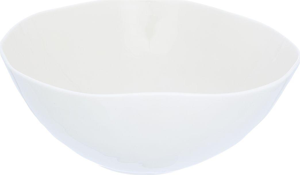 Салатник Elan Gallery, цвет: бежевый, 2 л760045Великолепный салатник объемом 2000 мл идеален для сервировки салатов. Компактный вместительный салатник станет украшением для Ваших блюд. Изделие имеет подарочную упаковку, идеальный выбор для подарка.