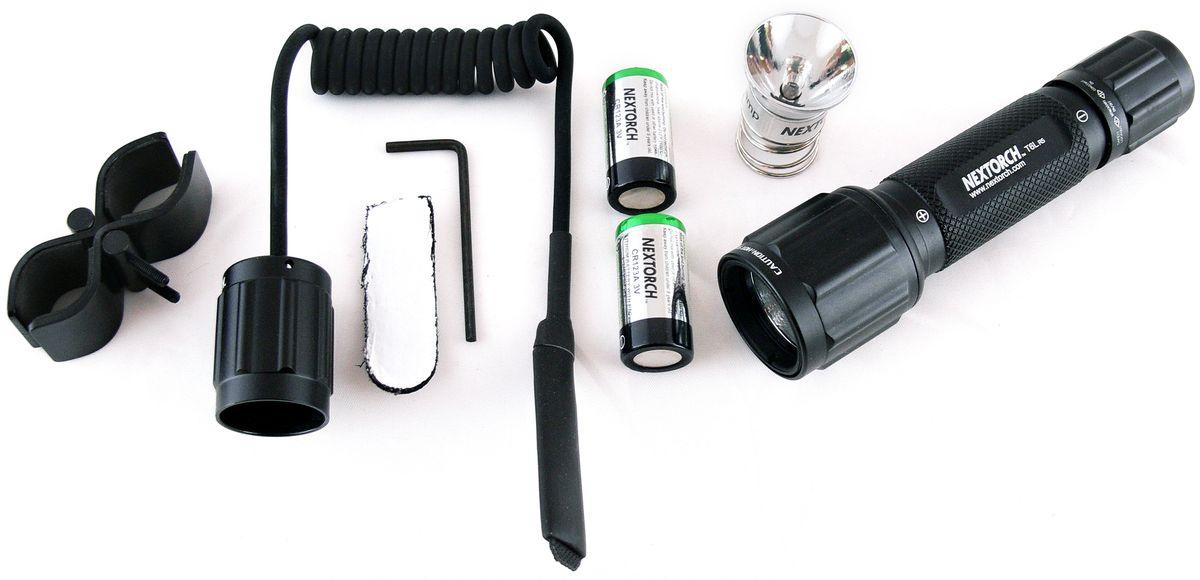 Фонарь тактический Nextorch T6L 320, с выносной кнопкой, кронштейном и запасной лампой, цвет: черныйT6L R5 SETКомплект - фонарь тактический Nextorch T6L 320 люмен с выносной кнопкой, кронштейном и запасной лампой. В серии T (Tactical) применяются наиболее передовые технологии. Высокая яркость и надежность, дальность луча и водозащищенность - вот особенности моделей данного ряда фонарей Nextorch. Чтобы удовлетворить растущий спрос рынка, Nextorch предоставляет наиболее полный спектр аксессуаров для фонарей. Комплект T6L R5 SET включает светодиодный фонарь T6L, кронштейн для установки фонаря, выносную кнопку для более удобного использования фонаря, две батареи CR123A и дополнительную ксеноновую лампочку. В комплекте имеется кронштейн RM81 для установки фонаря. Кронштейн может быть установлен на трубу диаметром 17 - 25мм. Данная модель кронштейна подходит для установки фонарей myTorch XL, myTorch RC series, T6L R5 SET, TA3 SET, TA3, P8A, T6A LED SET, T6A, T9, Z3, Z6, Z9, GT6A-S. Режимы работы:1. Полная яркость - 320 люм. Технические характеристики:Светодиод:LED CREE R5 белый / ксенон. Тип батареи :2х CR 123A 3V. Материал корпуса :Авиационный алюминий 6061-T6 с анодированным покрытием. Линза: Стекло. Мощность светового потока: 320 лм (белый) / 80 лм (ксенон). Время работы: 100 мин. LED / 60 мин. Ксенон. Дистанция: 141 м. Водонепроницаемость: до 10м. Ударопрочность: 1м. Диаметр головы, 34 мм. Диаметр корпуса, 25ммОбщая длинна, 129 ммВес с упаковкой: 527 гКомплектация: Фонарь, кронштейн, выносная кнопка, батарейки 2х CR123A, лампа ксеноновая. Компания Nextorch уделяет особенное внимание производству инновационных переносных осветительных приборов. Применение самых передовых технологий освещения позволяет использовать максимально яркие источники света, достигая при этом невероятной эффективности и исключительной долговечности элементов питания. Использование материалов аэрокосмических технологий - алюминия марки 6061-T6 с жестким анодированным покрытием Mil-Spec III для ко