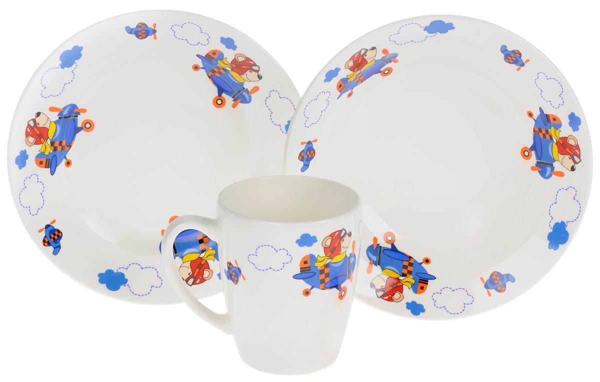 Кубаньфарфор Набор детской посуды Пилот694568Набор посуды Кубаньфарфор Пилот включает в себя кружку, миску и тарелку. Фаянсовая детская посуда с забавным рисунком понравится каждому малышу. Изделия из качественного материала станут правильным выбором для повседневной эксплуатации и помогут превратить каждый прием пищи в радостное приключение.Фаянсовая посуда не впитывает запахи, легко моется, а яркие цвета рисунков не потускнеют.Уважаемые клиенты!Обращаем ваше внимание на возможные изменения в цвете деталей товара. Поставка осуществляется в зависимости от наличия на складе.