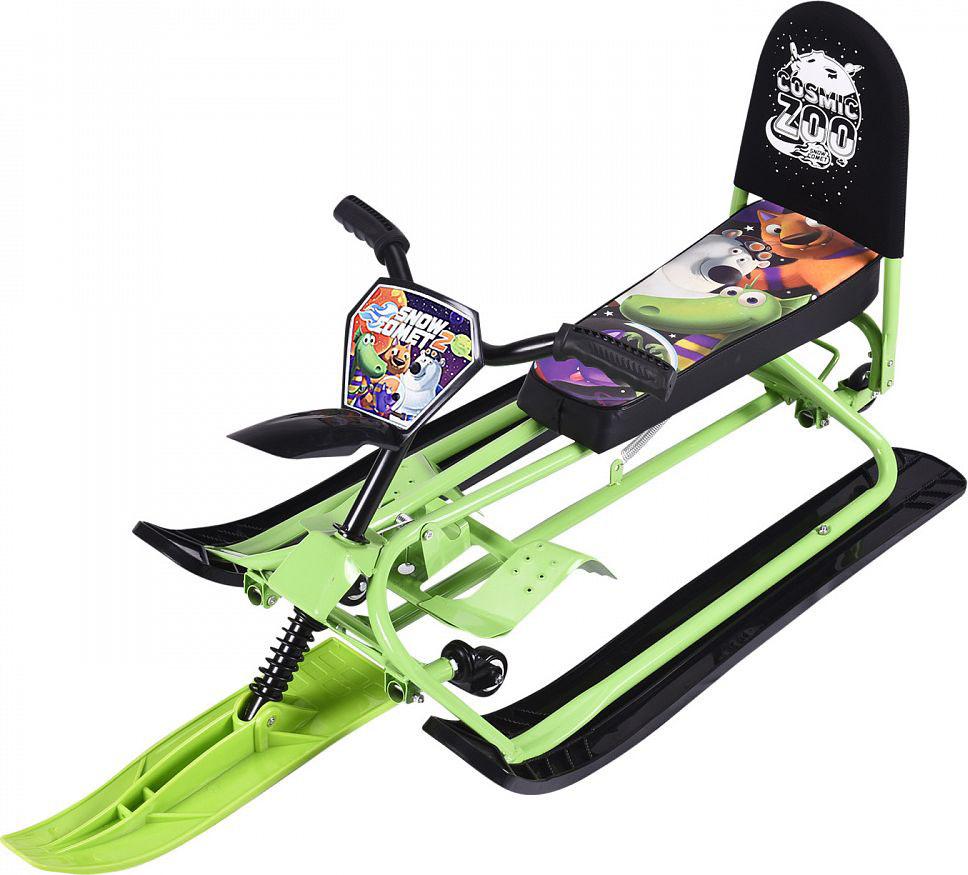 Снегокат-трансформер Small Rider Snow Comet 2, с колесами и спинкой, цвет: зеленый1373657Представляем обновленную версию уникального и популярного снегоката-трансформера, эксклюзивно разработанного компанией Мегарион - Small Rider Snow Comet - второе поколение снегоката (Смолл Райдер Снежная Комета). В данной усовершенствованной модели доступно две модификации: стандарт и делюкс. В обеих версиях Сноу Комет 2 новшествами являются вело-руль, который позволит теперь не нагибаться, а сидеть прямее, в более естественной позе. Также таким рулем более интересно и проще управлять. Потрясающим нововведением стали поворотные на 360 градусов передние колеса. Благодаря им поворачивать на снегокате стало проще. Ещё добавлены декоративный брызговик и красивая табличка Космический зоопарк спереди. Снегокат может переключаться с лыж на колеса и потом обратно на лыжи. Для переключений не требуется инструмента! Переключение в режим колеса осуществляется с помощью нажатия вниз на педаль, расположенную сзади снегоката, а для возврата снегоката в режим лыжи нужно нажать на два паза и потянуть педаль вверх. Все просто - переключение занимает всего несколько секунд и не требует инструмента! Теперь участки без снега для Вас не проблема! Уже не нужно спускать ребенка со снегоката и нести снегокат в одной руке, а другой рукой вести ребенка. Со снегокатом Сноу-комет у Вас нет ограничений. Быстро переключайтесь в режим колеса и продолжайте путь. Когда достигнете горки или снежной поверхности - снова переключайтесь в режим лыжи. После владения данным снегокатом Вы поймете насколько это удобно, и что другие снегокаты значительно уступают в удобстве. Снегокат Сноу Комет имеет длинное, мягкое и широкое сиденье с интересным рисунком Космический зоопарк. На нем могут поместиться двое детей, однако с точки зрения предосторожности, мы рекомендуем кататься одному ребенку, особенно с высоких горок. Завершает портрет сиденья большая и удобная спинка, которая поддержит спину малыша и сделает поездку более