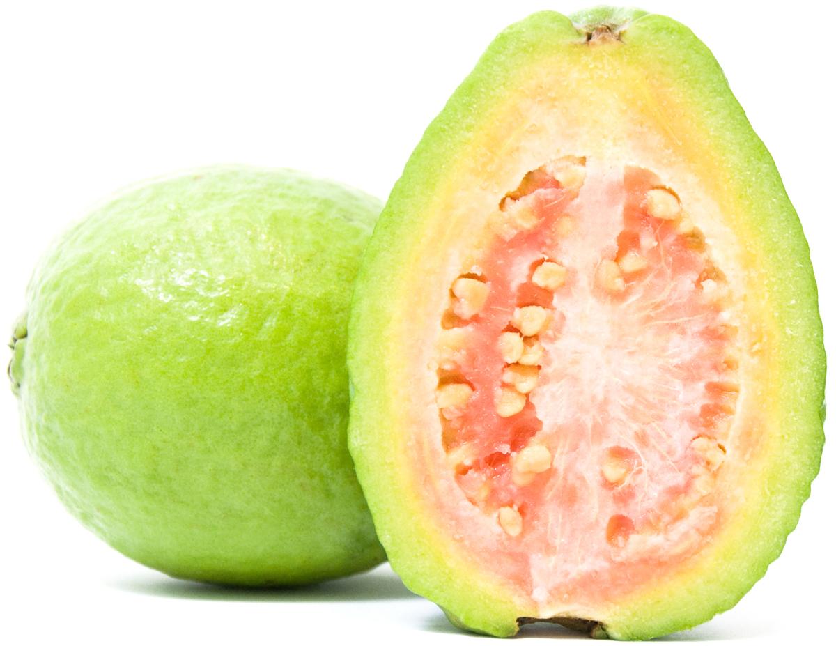 Гуава, 1 шт1845Главное полезное свойство гуавы заключается в том, что этот фрукт содержит в пять раз больше витамина С, чем апельсин – витамин С или аскорбиновая кислота способствует укреплению иммунитета и более быстрому восстановлению сил после физических нагрузок. Витамин С хорошо сохраняется и в замороженных фруктах, поэтому разделив гуаву на дольки вы можете хранить фрукт в морозилке, для восполнения дефицита витамина С в зимний период.Калорийность гуавы - 70 ккал в 100 граммах свежего фрукта. Гуава может стать основой домашнего джема или фруктового пюре, также гуава хорошо сочетается со свининой. Уважаемые клиенты! Обратите, пожалуйста, внимание: изображение товара на сайте может отличаться от фактического вида товара. Фото представлено для визуального восприятия товара.