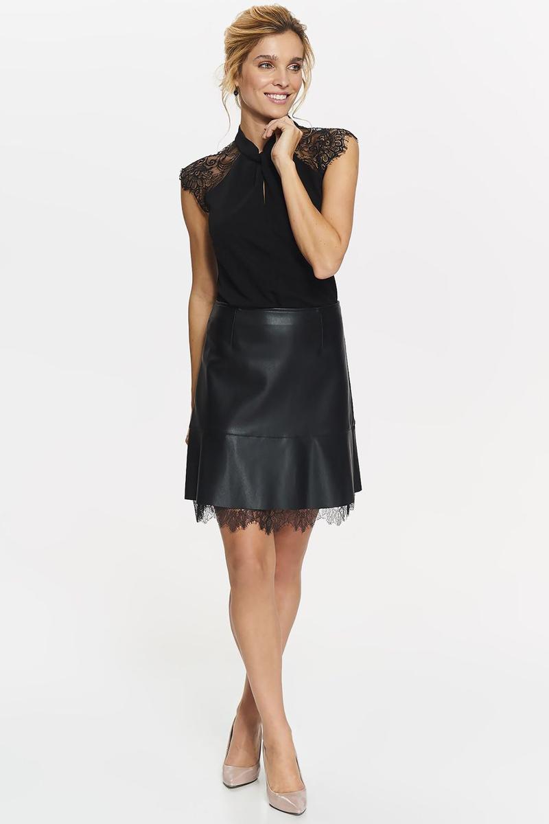 Блузка женская Top Secret, цвет: черный. SBK2278CA. Размер 38 (46)SBK2278CAБлузка женская Top Secret выполнена из эластана и полиэстера. Модель с короткими рукавами дополненакружевными ставками.