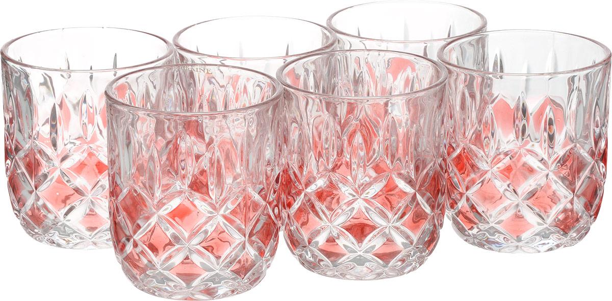 Набор стаканов Loraine, цвет: прозрачный, 210 мл, 6 шт20221_прозрачныйНабор Loraine состоит из шести стаканов. Изделия выполнены из высококачественного стекла. Предметы набора имеют прозрачную поверхность и декорированы рельефными изображениями в виде ромбов. Они излучают приятный блеск и издают мелодичный звон. Набор Loraine прекрасно оформит интерьер кабинета или гостиной и станет отличным дополнением бара. Такой набор также станет хорошим подарком к любому случаю. Диаметр стакана (по верхнему краю): 7,5 см. Высота стакана: 8 см. Объем стакана: 210 мл.