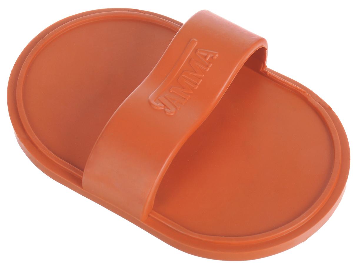 Щетка для животных Гамма, малая, цвет: оранжевый, 12,5 х 8 х 3,5 смЩг-15400_оранжевый/малаяМассажная щетка для животных Гамма выполнена изкачественного безопасного материала, не травмирующегокожу животного. Изделие удобно фиксируется на руке. Мягкие зубчикипрекрасно удаляют старую шерсть и грязь, придавая ейпушистый и здоровый вид. Зубчики мягко и бережновоздействуют на кожу животного и создают массажный эффект.Компактный размер позволяет брать щетку с собой вдорогу. Длина зубчиков: 6 мм.Линька под контролем! Статья OZON Гид