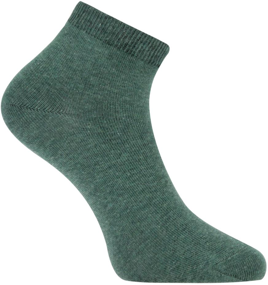 Носки женские oodji, цвет: зеленый. 57102418B/47469/6300M. Размер 38/4057102418B/47469/6300MУкороченные базовые носки от oodji с узкой резинкой, которая плотно облегает икры и надежно фиксируется на ноге. Носки из тонкой гладкой хлопковой ткани с добавлением эластана приятно носить: они позволяют коже дышать, не вызывают раздражений, хорошо тянутся и сохраняют тепло. Эти носки прекрасно подходят для разных погодных условий. В них вам будет комфортно!Красивые укороченные носки хорошо сочетаются со спортивными комплектами – трикотажными брюками или джинсами. Идеально подходят для кроссовок и другой закрытой обуви. Укороченные носки прекрасно смотрятся с короткими или подвернутыми джинсами, брюками-чиносами или бриджами. В таких носках приятно ходить дома, особенно если у вас часто мерзнут ноги. Удобные базовые носки будут уместны в любом гардеробе.