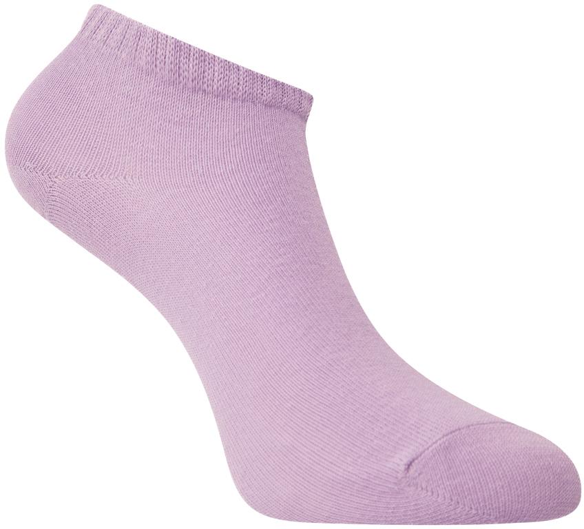 Носки женские oodji, цвет: сиреневый. 57102433B/47469/8000N. Размер 35/3757102433B/47469/8000NУкороченные базовые носки от oodji с узкой резинкой, которая плотно облегает икры и надежно фиксируется на ноге. Носки из тонкой гладкой хлопковой ткани с добавлением эластана приятно носить: они позволяют коже дышать, не вызывают раздражений, хорошо тянутся и сохраняют тепло. Эти носки прекрасно подходят для разных погодных условий. В них вам будет комфортно!Красивые укороченные носки хорошо сочетаются со спортивными комплектами – трикотажными брюками или джинсами. Идеально подходят для кроссовок и другой закрытой обуви. Укороченные носки прекрасно смотрятся с короткими или подвернутыми джинсами, брюками-чиносами или бриджами. В таких носках приятно ходить дома, особенно если у вас часто мерзнут ноги. Удобные базовые носки будут уместны в любом гардеробе.