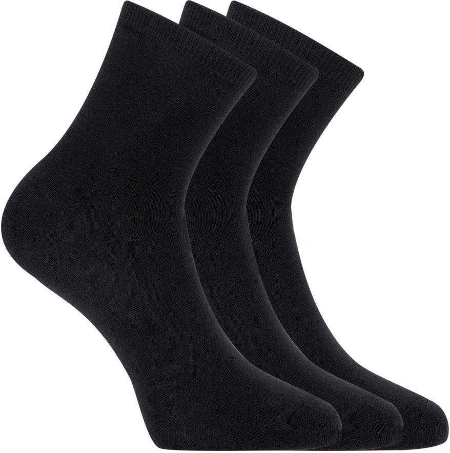 Носки женские oodji, цвет: черный, 3 пары. 57102466T3/47469/2900N. Размер 38/4057102466T3/47469/2900NНабор из трех пар базовых хлопковых носков. Хлопковый трикотаж с небольшим добавлением эластана приятен на ощупь, обладает прекрасными характеристиками: пропускает воздух, не вызывает раздражения. В таких носках вашим ногам будет комфортно в разную погоду, независимо от того, насколько активно вы двигаетесь. Практичный сет из трех пар хлопковых носков прекрасно подходит для ношения с повседневными вещами и станет неотъемлемым элементом спортивного гардероба. Базовые носки отлично дополнят джинсы, брюки или лосины. Они хорошо сочетаются с закрытой обувью: кедами, кроссовками, ботинками, сапогами. Если вы цените комфорт в одежде, эти носки займут особое место в вашем повседневном гардеробе.
