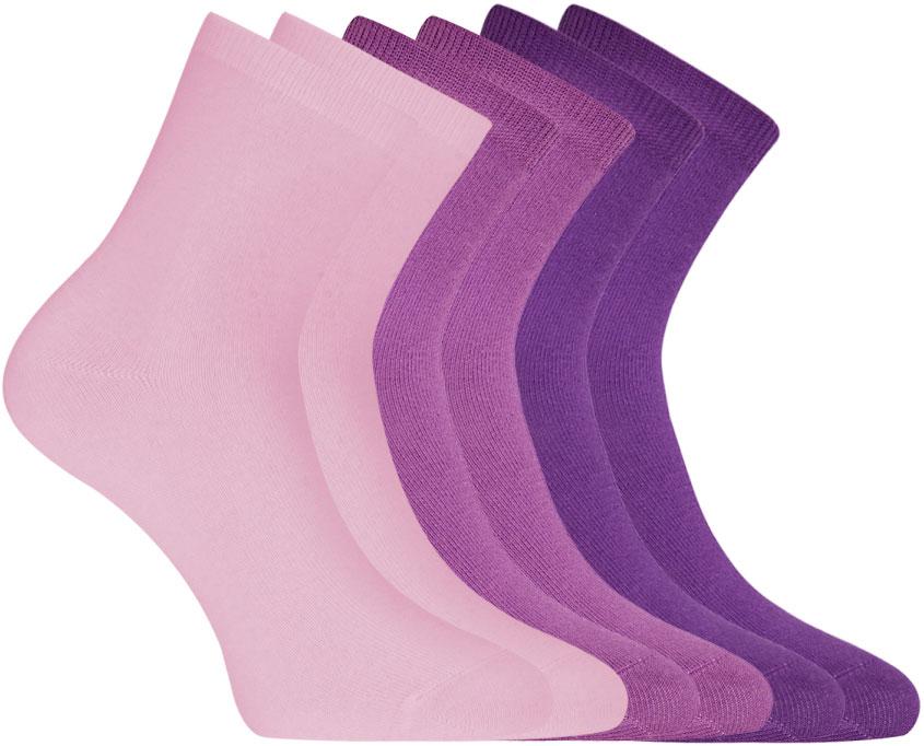 Носки женские oodji, цвет: фиолетовый, лиловый, 6 пар. 57102466T6/47469/19CLN. Размер 35/3757102466T6/47469/19CLNСет из шести пар базовых хлопковых носков от oodji. Носки из хлопкового трикотажа с добавлением эластана комфортны в носке и легки в уходе. В этих носках кожа дышит, материал не вызывает раздражений. Гладкая и приятная на ощупь трикотажная ткань немного тянется и не теряет формы после многочисленных стирок. Носки прекрасно сидят на ноге. С таким набором у вас в запасе всегда будут чистые носки. Хлопковые носки прекрасно подходят для спортивного и повседневного гардероба. Они незаменимы на тренировках, во время активного отдыха и путешествий. Базовые носки отлично сочетаются с разной закрытой обувью – кроссовками, ботинками, кедами. Они незаметны под джинсами или брюками, и вместе с тем прекрасно выполняют свою функцию – обеспечивают комфорт и тепло вашим ногам.