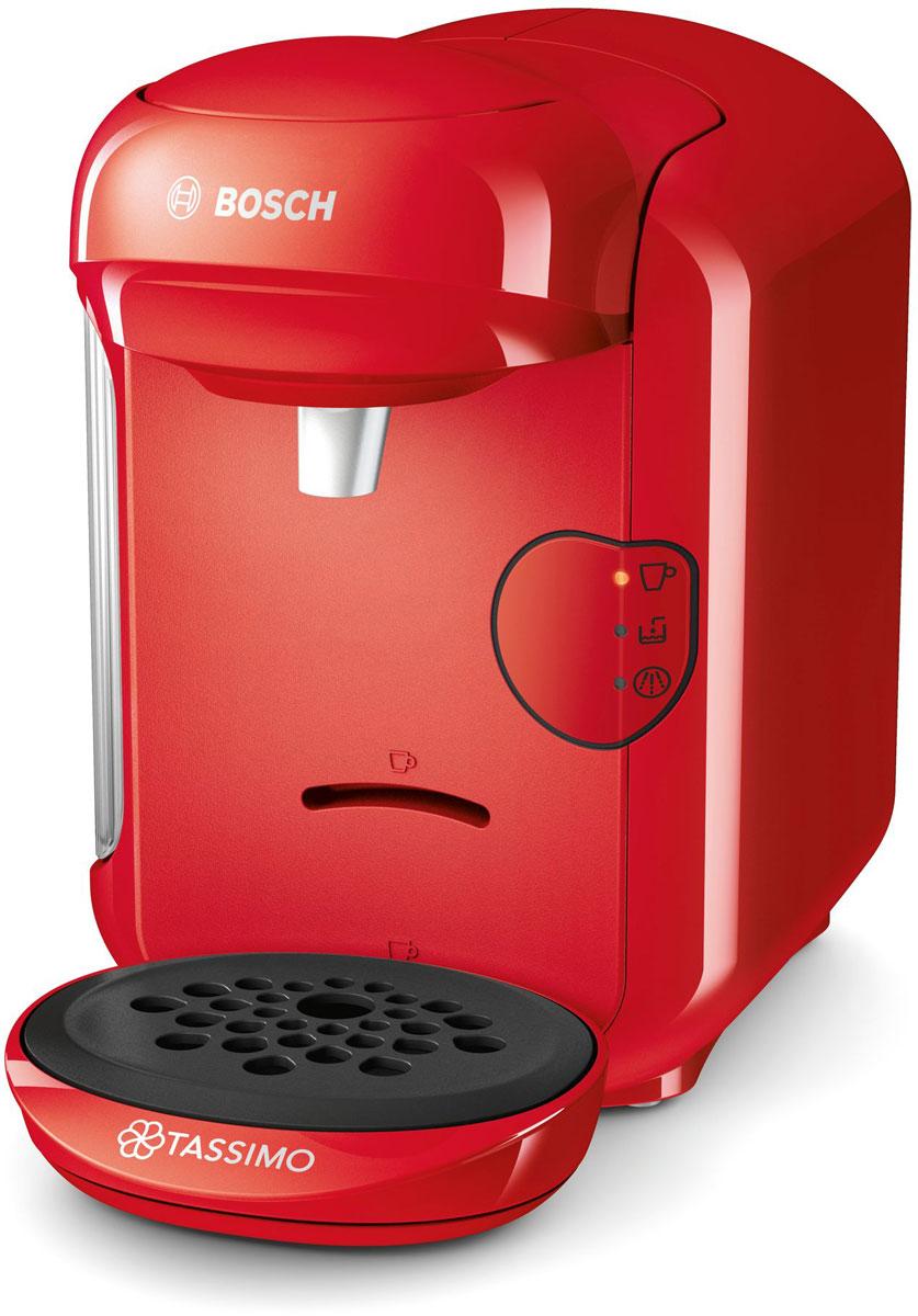 Bosch Tassimo Vivy II TAS1403, Red капсульная кофемашинаTAS1403Bosch Tassimo Vivy II - капсульная кофемашина, которой найдется место на любой кухне.Принцип работы: интеллектуальная технология считывания штрих-кода Тassimo - абсолютно проста в управлении. Достаточно взять T-диск, вставить в блок заваривания и нажать на кнопку. Напиток готов.Диск имеет свой уникальный штрих-код, который содержит информацию о способе приготовления напитка (количестве воды, температуре приготовления, времени заваривания, размере порции). Прибор автоматически считывает штрих-код, нанесенный на T-диск, и понимает, какой напиток приготовить.Все кофемашины Tassimo имеют проточный водонагреватель, который обеспечивает быструю готовность к работе, оптимальный режим приготовления выбранного напитка, а также являются энергоэкономичными.Резервуар легко снять и наполнить. В зависимости от модели резервуар для воды вмещает до 0,7 л воды.