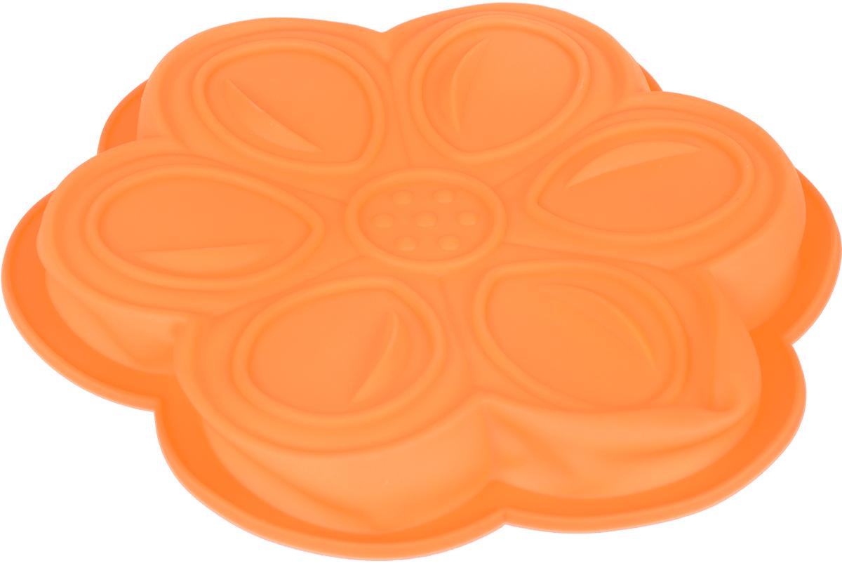 Форма для выпечки Доляна Цветочный мотив, цвет: оранжевый, 27 х 3 см861075Форма для выпечки из силикона Доляна Цветочный мотив - современное решение для практичных и радушных хозяек. Оригинальный предмет позволяет готовить в духовке любимые блюда из мяса, рыбы, птицы и овощей, а также вкуснейшую выпечку.Блюдо сохраняет нужную форму и легко отделяется от стенок после приготовления, высокая термостойкость (от -40 до 230) позволяет применять форму в духовых шкафах и морозильных камерах, небольшая масса делает эксплуатацию предмета простой даже для хрупкой женщины, силикон пригоден для посудомоечных машин, высокопрочный материал делает форму долговечным инструментом, при хранении предмет занимает мало места.Перед первым применением промойте предмет тёплой водой. В процессе приготовления используйте кухонный инструмент из дерева, пластика или силикона. Перед извлечением блюда из силиконовой формы дайте ему немного остыть, осторожно отогните края предмета. Готовьте с удовольствием!Размер: 27 х 3 см.