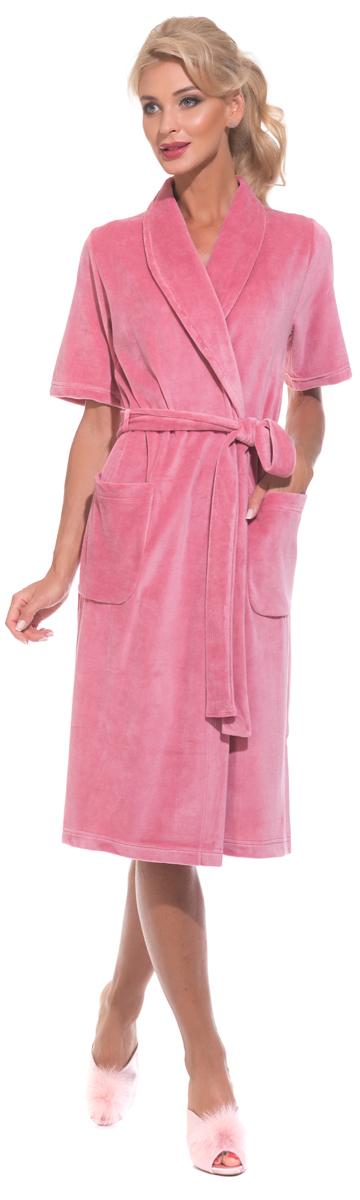 Халат женский Evateks, цвет: розовый. 340. Размер 46/48340Универсальный и удобный халатик из облегченной велюровой ткани. Идеальный вариант на каждый день. Халат на запах и на поясе, который можно завязать, как по центру, так и с боку изделия. Внутренние завязки обеспечивают удобную фиксацию против распахивания. Длина халата оптимальная - чуть ниже колена(Рост модели на фото 172 см.). Небольшие разрезы по бокам.