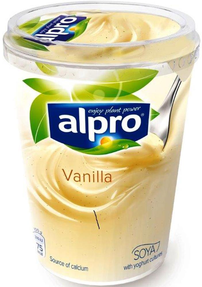 Alpro Йогурт Ванильный соевый, обогащенный кальцием и витаминами, 500 г670-315Десерт Alpro соевый йогуртный Ванильный обогащенный кальцием и витаминами 500 г. Нежная ваниль в комбинации со сливочной структурой и пользой сои - это просто магия! Состав: вода, очищенные соевые бобы, сахар, сироп глюкозно-фруктозный, стабилизатор (пектин), регуляторы кислотности (цитрат натрия 3-замещенный, лимонная кислота), кальций(орто-фосфат кальция 1-замещенный), экстракт моркови, морская соль, витамины (рибофлавин (В2), В12, D2), натуральный ароматизатор ванилин, семена ванили, антиокислители (концентрат смеси токоферолов, аскорбилпальмитат, аскорбилстеарат), йогуртовые культуры (Streptococcus thermophilus, Lactobacillus bulgaricus). Пищевая ценность на 100г: жиры 2,2 г, углеводы 9,5 г, белки 3,7 г, витамины: рибофлавин (В2)- 0,21 мг, В12- 0,38 мкг, D2- 0,75 мкг. Энергетическая ценность/калорийность 316 кДж/75 ккал. Хранить при температуре от +1 до +5С. Срок годности 46 суток.