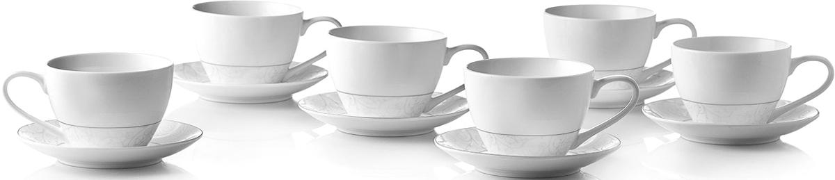 """Чайный набор Esprado """"Florestina"""" состоит из шести чашек и шести блюдец,  изготовленных из  высококачественного костяного фарфора.  Над созданием дизайна коллекций посуды из фарфора Esprado работает  международная команда  высококлассных дизайнеров, не только воплощающих в  жизнь все новейшие тренды, но также и  придерживающихся многовековых традиций при  создании классических коллекций.  Посуда из костяного фарфора будет идеальным выбором,  для тех, кто предпочитает красивую современную посуду  из высококачественного материала, которая отличается  высокой прочностью и подходит для ежедневного  использования.  Сдержанный блеск серебра в сочетании с утонченными узорами на идеальном  фоне из высококачественного костяного фарфора - европейская изысканность  коллекции """"Florestina"""" даже самый обычный ужин превратит в праздник! Можно использовать в микроволновки печи и мыть в  посудомоечной машине. Объем чашки (с учетом наполняемости до краев): 315 мл; Диаметр блюдца: 14,5 см."""