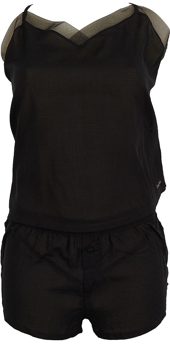 Пижама женская Calvin Klein Underwear, цвет: черный. QS5830E_001. Размер M (48)QS5830E_001Женская пижама изготовлена из качественной вискозы и состоит из топа и шорт. Топ выполнен с лямками регулируемой длины. Короткие свободные шорты на талии дополнены эластичной резинкой.