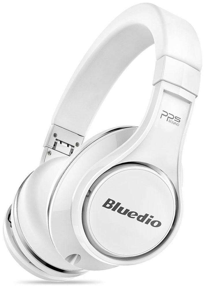Bluedio UFO U, White беспроводные наушникиUFO U whiteBluedio UFO U - это беспроводные наушники накладного типа с микрофоном. В модели используется эксклюзивная технология PPS8, в основе которой лежит использование сразу 8 излучателей. Наушники можно подключать к мобильным устройствам благодаря технологии Bluetooth 4.1. Гарнитура работает от встроенного аккумулятора, которого хватит на целые сутки прослушивания музыки. Удобное широкое оголовье можно регулировать, а складная конструкция позволяет хранить или перевозить наушники в чехле. При желании их можно подключить к источнику аудио с помощью комплектного кабеля с разъемом 3.5 мм. Управление функциями осуществляется с помощью кнопок, расположенных на правой чашке наушников.3D-технология звука PPS8 Диаметр динамиков: 2 х 50 мм, 6 х 20 мм (в одном наушнике) Время зарядки аккумулятора: 3 часа