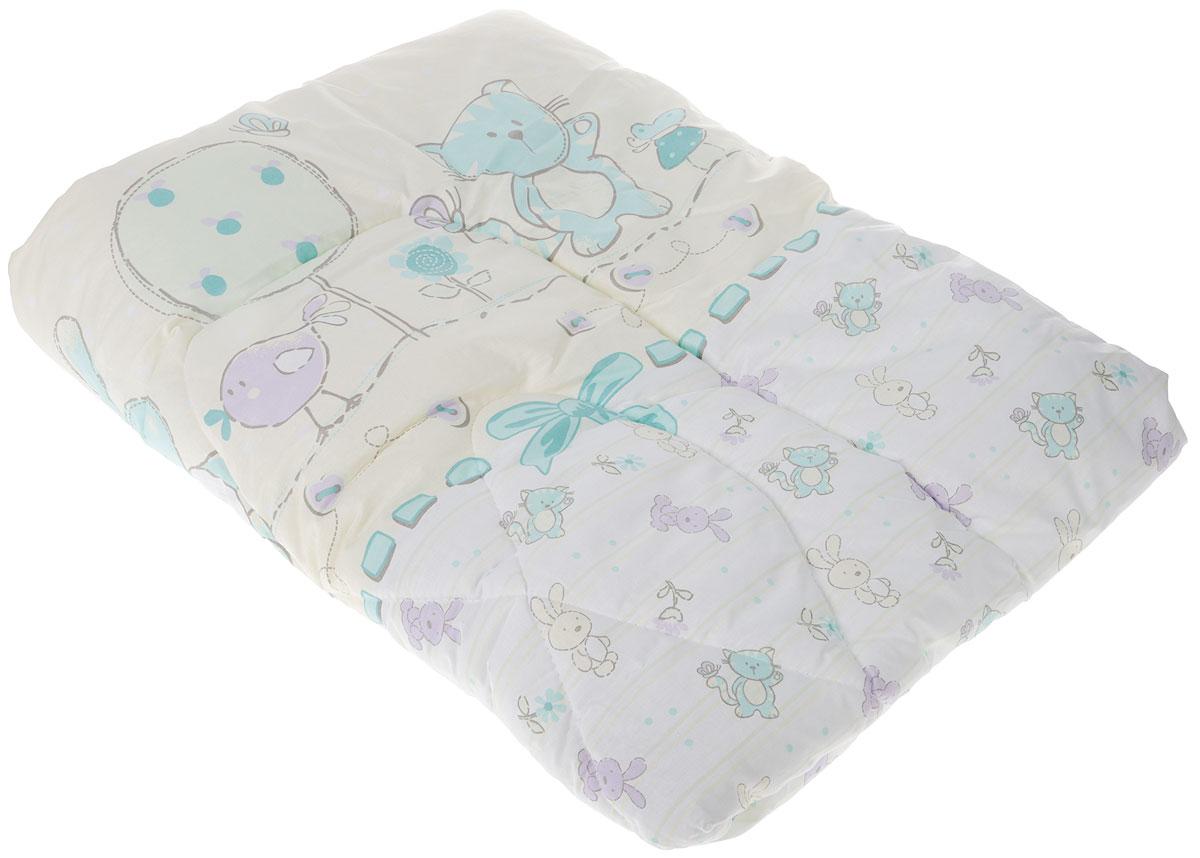 """Детское стеганое одеяло Сонный гномик """"Заяц и кот"""" снимет усталость и подарит вашему малышу спокойный и здоровый сон.Чехол одеяла выполнен из 100% хлопка. Он обладает прекрасными влагопропускными свойствами, что позволяет ему впитывать лишнюю влагу с тела человека. Также хлопковую ткань можно назвать дышащей, поскольку она в значительной степени пропускает воздух. Ткань из хлопка не липнет к телу и устанавливает оптимальный микроклимат на поверхности кожи. Наполнитель - холлофайбер.Одеяло простегано. Стежка надежно удерживает наполнитель внутри и не позволяет ему скатываться.Уход: не гладить, только ручная стирка, нельзя отбеливать, нельзя выжимать и сушить в стиральной машине, химчистка запрещена."""