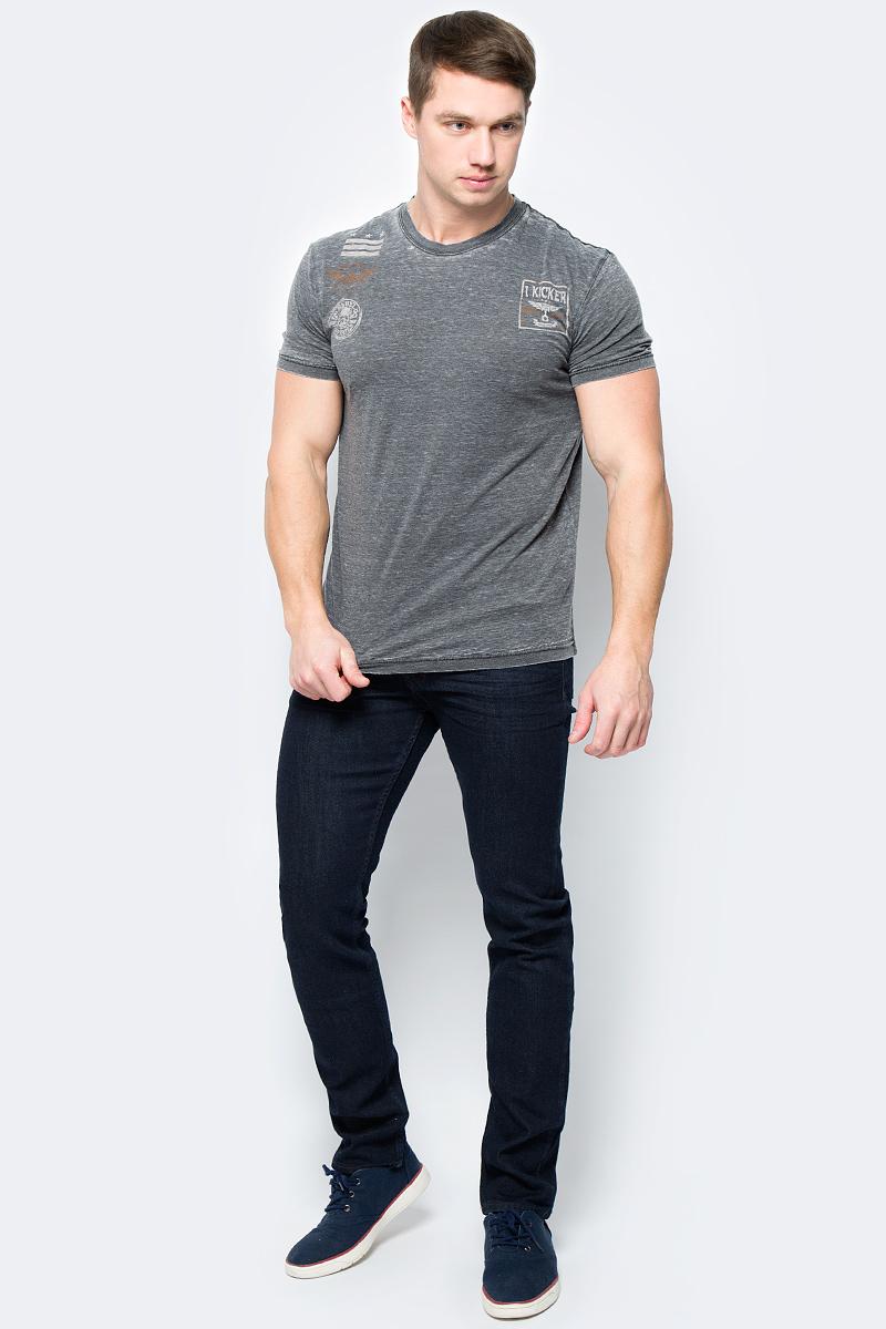 Футболка мужская Rebel Spirit, цвет: темно-серый. RSSK151693. Размер XL (52)RSSK151693Стильная мужская футболка от Rebel Spirit, выполненная из натурального хлопка, отлично дополнит ваш образ. Модель с круглым вырезом горловины и короткими рукавами оформлена оригинальным принтом с названием бренда.