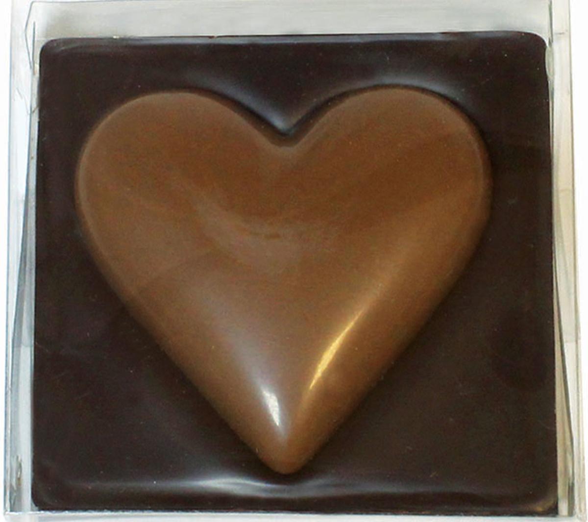 Chco Сердце молочный шоколад, 60 г chco марципановые шарики в ванильном сахар 150 г