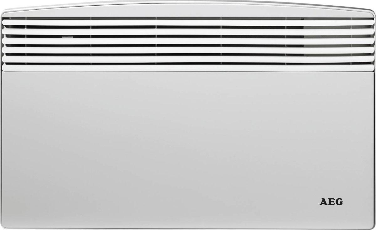 AEG WKL 3003 S обогревательWKL 3003 SКонвектор используется как основной или дополнительный обогреватель. Нагревательный элемент – ТЭН из нержавеющей стали с алюминиевым теплообменником.Термостат обеспечивает диапазон регулировки температуры от +5°С до +30°С, с точностью до 1°С.Прибор оснащен встроенной защитой от перегрева и режимом «антизамерзания».II класс электрозащиты позволяет подключать прибор к электросетям без контура заземления.Устойчив к перепадам напряжения от 150 до 242 В.Простота монтажа и демонтажа позволяет эксплуатировать прибор во временных системах отопления.Класс защиты: IP 24 (защита от брызг воды).