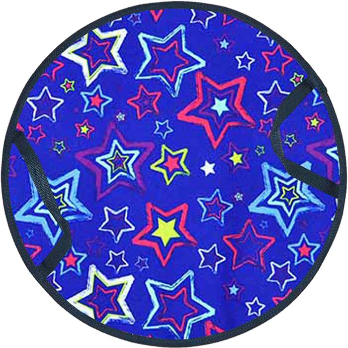 Ледянка круглая FormulaZima Снежинка. Звезды, диаметр 45 см55009-2Мягкая ледянка круглой формы мягким теплоизолирующим наполнителем, который защитит от холода и смягчит удары на кочках при катании. Верх ледянки сделан из прочной ткани Оксфорд с ярким рисунком, низ - скользящая поверхность - из гладкого износостойкого ПВХ.