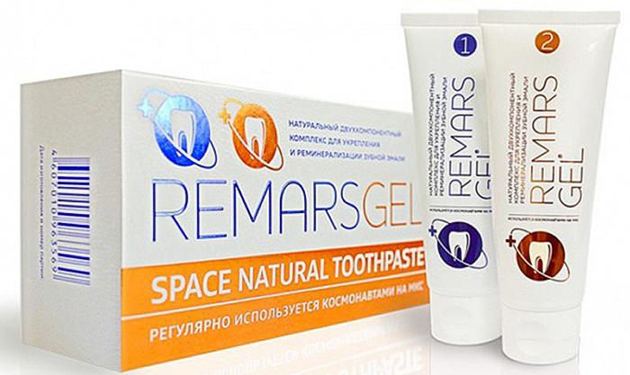 Remarsgel (РемарсГель) Реминерализующий комплекс, 2 пасты по 75 мл01.442Двухкомпонентный комплекс, направленный на снижение чувствительности и укрепление зубной эмали благодаря активным химическим соединениям.Действующим веществом RemarsGel №1 выступает кальция нитрат, а основным компонентом RemarsGel №2 является гидрофосфат аммония.Благодаря безопасной химической реакции, которая происходит в результате взаимодействия нитрата кальция и гидрофосфатом аммония, зубная поверхность покрывается пленкой, близкой по составу гидроксиапатиту - основного минерального компонента зубной поверхности. За счет своего небольшого размера кристаллы, образующиеся после связывания данных компонентов, легко проникают глубоко в эмаль и встраиваются в ее структуру, тем самым восстанавливая поверхность зуба.