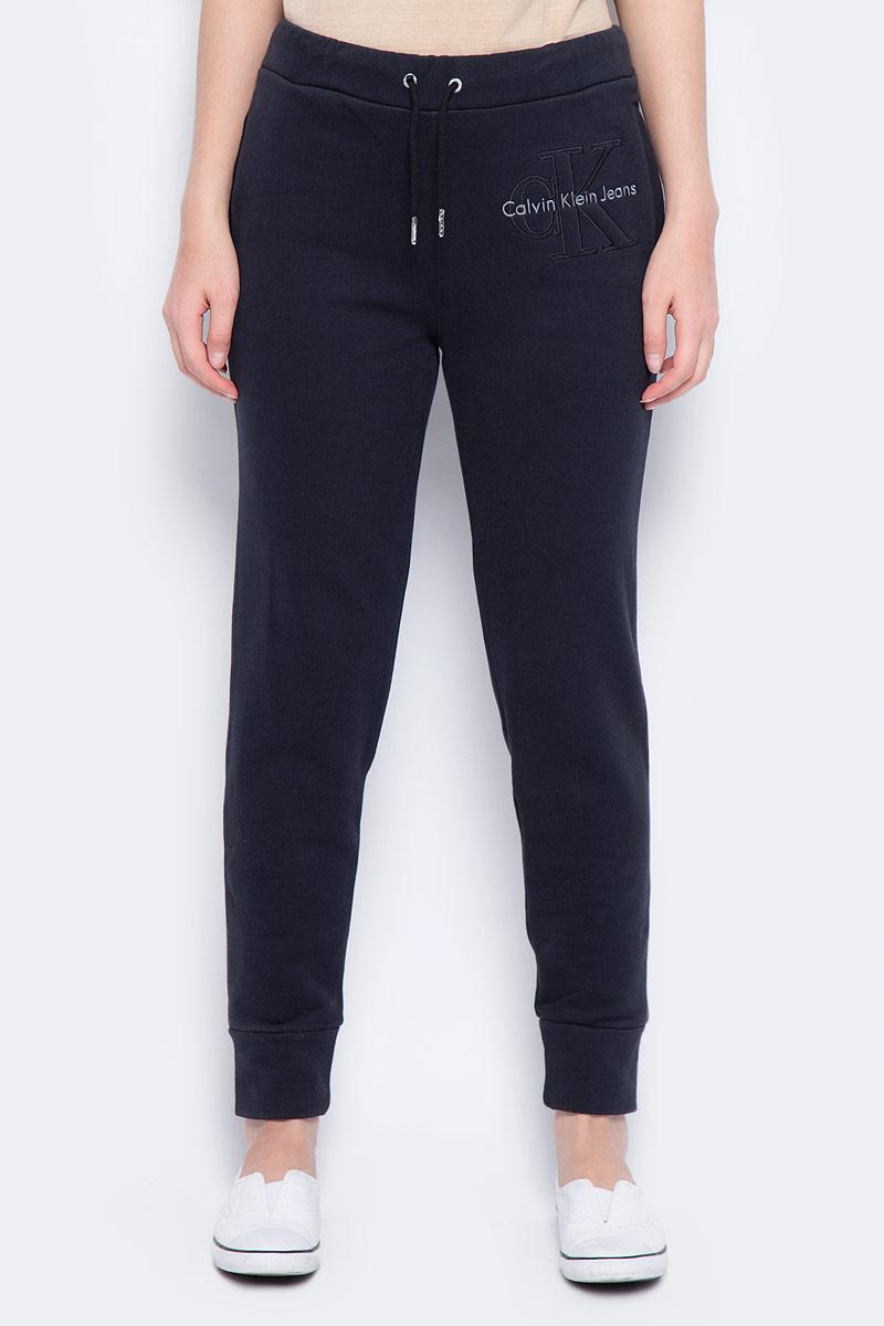 Брюки спортивные женские Calvin Klein Jeans, цвет: черный. J20J206403_0990. Размер XS (40/42) брюки женские calvin klein jeans цвет синий j20j206907 4960 размер xs 40 42