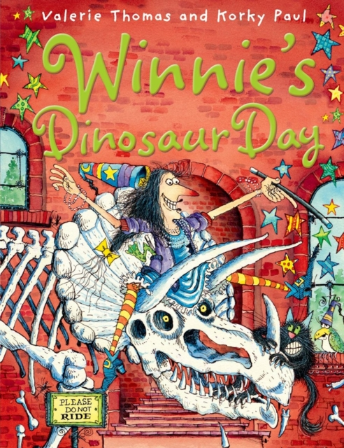 Купить Winnie's Dinosaur Day,