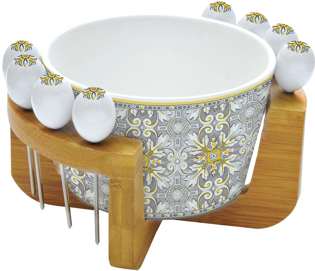 Набор для закуски Easy Life Майолика, на подставке, цвет: серый, 10 предметовEL-R0850/MAIGНабор для закуски Easy Life состоит из салатника для оливок, 8 шпажек и деревянной подставки. Салатник и шпажки выполнены из фарфора. Оригинальный дизайн, несомненно, придется вам по вкусу. Набор для закуски Easy Life украсит ваш кухонный стол, а также станетзамечательным подарком к любому празднику. Диаметр салатника: 15 см.